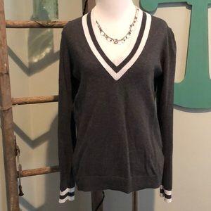 Old navy v-neck gray sweater